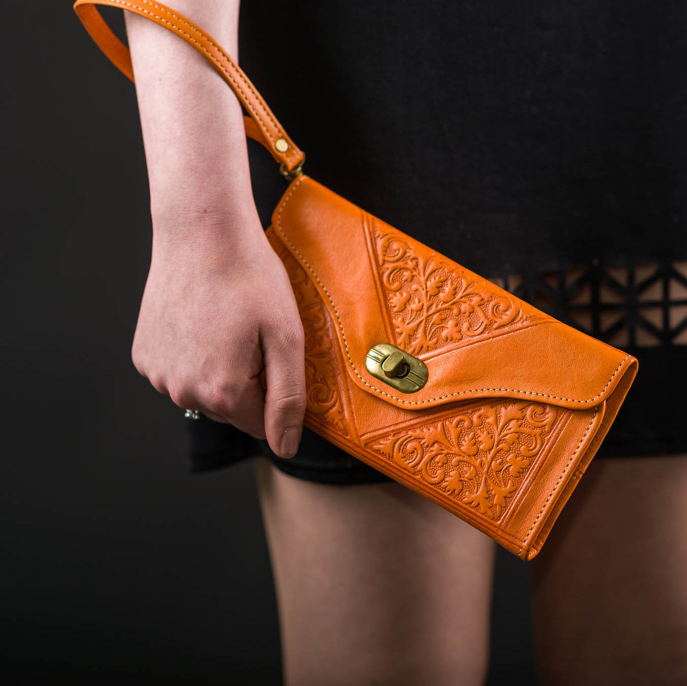 leather-tri-fold-purse-orange
