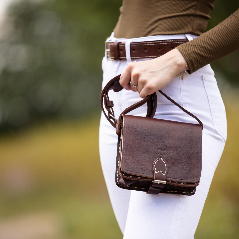 the-temara-square-saddle-bag-in-dark-brown